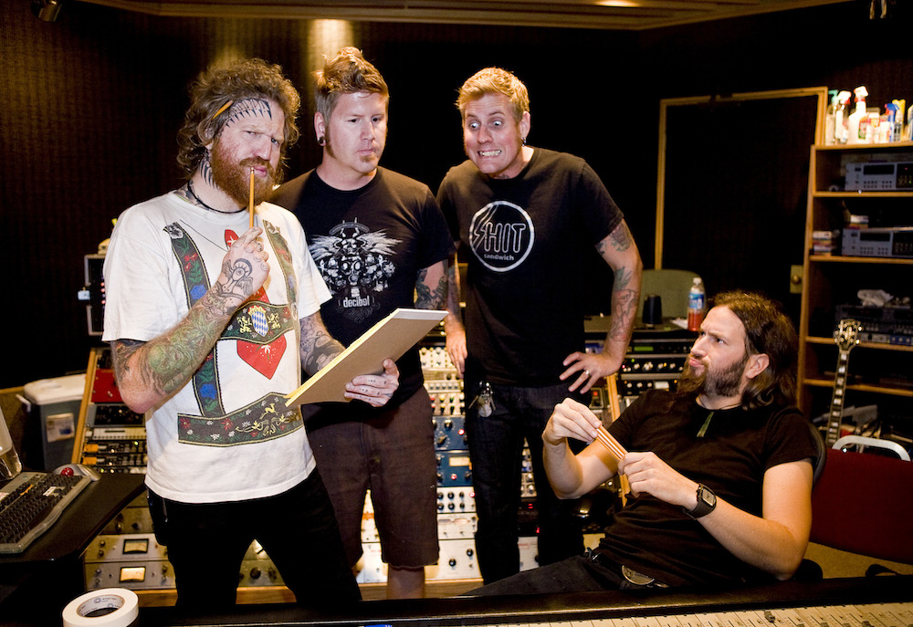 """Emperor of Sand"" assinala regresso dos Mastodon"