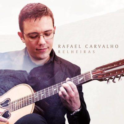 Álbum de originais traz nova vida à viola da terra de Rafael Carvalho